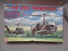 AH978 ESCI WWII WW2 HELICOPTERE AB-205 TRANSPORT 9005 1/72 DIORAMA MAQUETTE