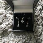9ct Gold tanzinite pendant and drop earings