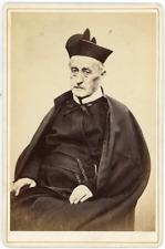 France, Homme du clergé, curé âgé en soutane, 1889, vintage albumen print vintag
