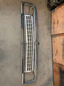 1970-73 Jeep Wagoneer Grille Cheese Grater