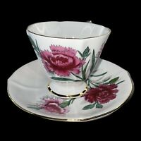 Vintage Roslyn Cup And Saucer Fine Bone China England Carnation