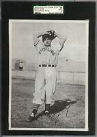 1949 Action Picture Pack Early Wynn Cleveland Indians Team SGC 50 / 4 VG - EX