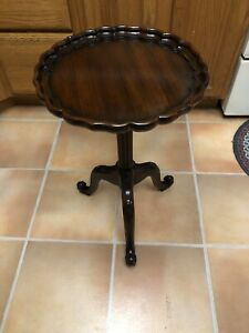 THEODORE ALEXANDER 5000-245 Marquetry Small Occasional Table Wine Pie Crust