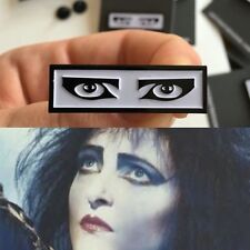 Gothic Eyes Pin Badge. Siouxsie Sioux, Amy Winehouse, The Cure, Goth, Emo, Punk.