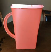 TUPPERWARE FLORESTA PITCHER 1 GALON/ 4 L-IN GUAVA COLOR !!!!!