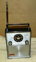 Vintage INVICTA AM/FM 14 Transistor Portable Radio J0120