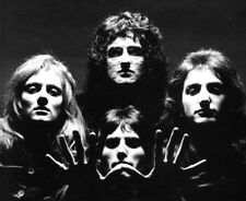 Freddie Mercury, Roger Taylor, John Deacon and Brian May photo - L3037 - Queen