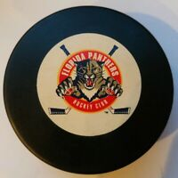 VINTAGE FLORIDA PANTHERS HOCKEY CLUB MADE IN SLOVAKIA TRENCH MFG. NHL VEGUM PUCK