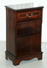 VINTAGE FLAMED MAHOGANY SIDE TABLE CABINET BOOKCASE INCLUDING SINGLE DRAWERS