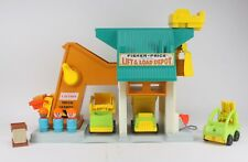 VINTAGE FISHER PRICE LIFT AND LOAD DEPOT LITTLE PEOPLE CHILDREN'S TOY LOT