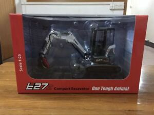 Rare!! Universal Hobbies Bobcat E27z With Cabin Compact Excavator 1:25 UH8131