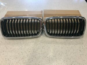 Front Hood Grille Left & Right Replace BMW OEM # 51138231593/4 Chrome Black