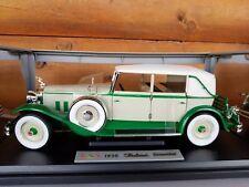 Signature Models 1930 Packard Brewster 1:18 Scale Diecast White & Green COA