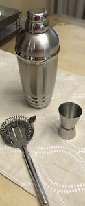 Lenox Tuscany Classics Collection Martini Shaker Set with Strainer, Jigger