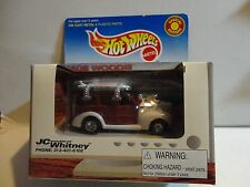 Hot Wheels JC Whitney White '40s Woodie w/Real Riders