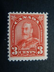 """#167 MNH  3c deep red, centred King George V """"Arch/Leaf"""" issue   CV=$8."""