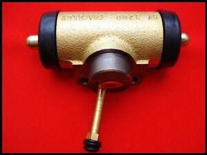 Zetor Traktor Ersatzteile Bremszylinder LINKS Radbremszylinder 5011 5211 7045