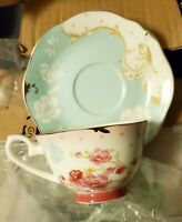 AWHOME Bone China Teacup and Saucer Set Royal Style Tea Cup Red Flower Set 7oz