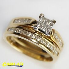 18ct Two Toned Yellow and White Gold Ring Set with 1.00 Carat of Diamonds Size O