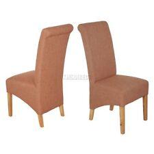 Muebles de color principal marrón para el salón