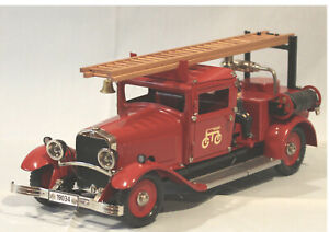Märklin Metall #19034 Clockwork Märklin Fire Truck, New in Box 1998 only