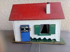 Ancienne maison de poupée en bois a vendre qui s ouvre