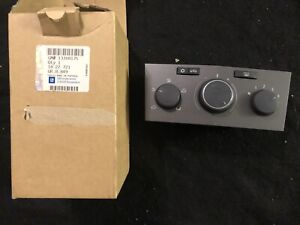 NEW OEM 2008-2009 Saturn Astra Temperature A/C Heater Climate Control