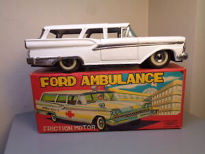 HAJI JAPAN VINTAGE 1950'S TINPLATE FORD FAIRLANE AMBULANCE VERY RARE ITEM NMIB
