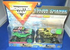 Monster Jam Double Color Change Grave Digger VS Max-d 1 64 Trucks Crease