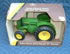 1953 John Deere Model D 1/16 die-cast farm tractor by Blue Print Replica #5596
