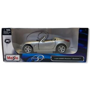 Maisto 2006 Pontiac Solstice Special Edition 1:24 Scale Silver NIB