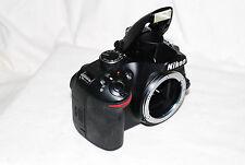 buen estado Nikon D3200 24mp Digital SLR (solo carcasa) + Garantía