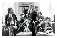 MONTY PYTHON AUTOGRAPHED SIGNED A4 PP POSTER PHOTO 1