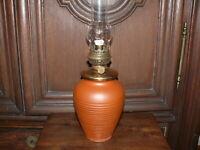 Petroleumlampe Tischlampe Petroleum Lampe ca. 50 Jahre alt Ton gebrannt