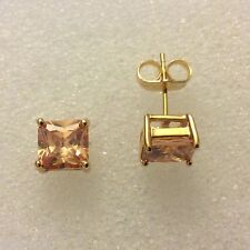 Classic SQUARE CHAMPAGNE TOPAZIO 7mm 18ct Gold Filled Orecchini a lobo in scatola Plum UK