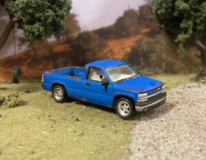 2000 Chevy Silverado Rusty Truck Weathered 1/64 Customized Barn Find Diecast