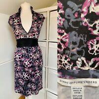 Diane Von Furstenberg 100% Silk Wrap Dress Size 8 Black & Purple Floral Luxury