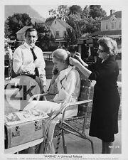 TIPPI HEDREN Hitchcock SEAN CONNERY Marnie Coiffure Tournage Photo 1964