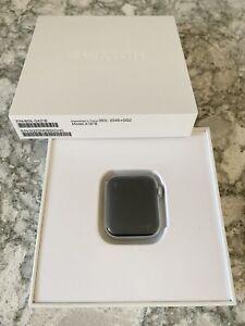 Refurbished Apple Watch Series 4 40mm Silver