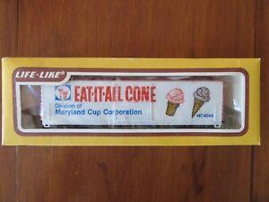 Vintage Life Like HO Scale #8423 50' Box Car Maryland Cup Corporation