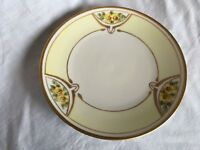 """J&C Bavaria Germany Yellow Flower Gold Detail Plate 7 and 5/8"""""""