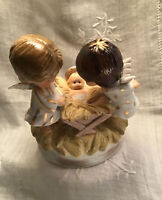 """1974 Gorham Music Box- Angels Nativity Christmas- Moppets -Plays """"Oh Come All Ye"""