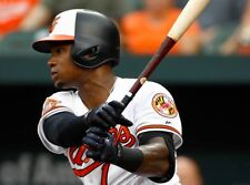 TIM BECKHAM ORIOLES YOUNG STAR SHORTSTOP IN THIS GREAT  8x10 PHOTO