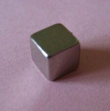 2 x Geocaching Magnet Würfel H=5mm B=5mm je 1,1 kg