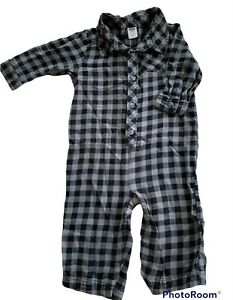 Old Navy Baby 6-12 Months Gingham Henley Jumpsuit Unisex Gray Black Snap Legs