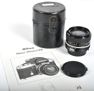 Vintage Nikon Nikkor 28mm f2.8 Ai Camera Lens w/ front & back caps & case