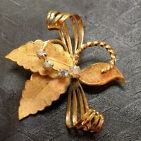 Vintage WESTERN GERMANY Gold Tone Curving Wire LEAFSHAPED BROOCH / PIN