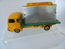EARLY  FRENCH DINKY  SIMCA  CARGO  33