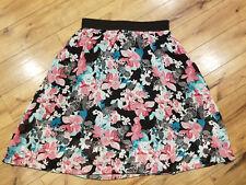 NWOT Women's XL LuLaRoe  semi-sheer Floral print skirt: Lola style, cute!