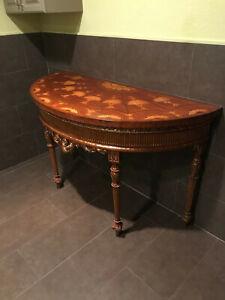 maitland smith furniture Early 20th Century Parcel Gilt Mahogany & Stainwood
